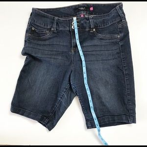 Torrid | Women's denim shorts size 16